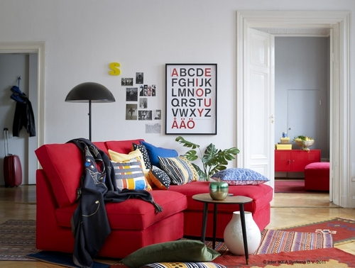 czerwona sofa narożnik