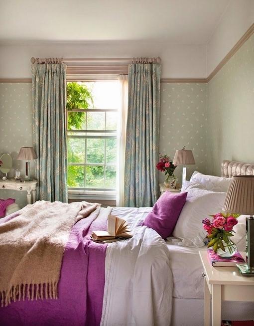Romantyczna sypialnia w angielskim stylu