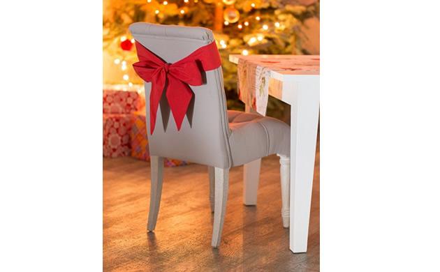 ozdoby na stol wigilijny Decoria krzesla