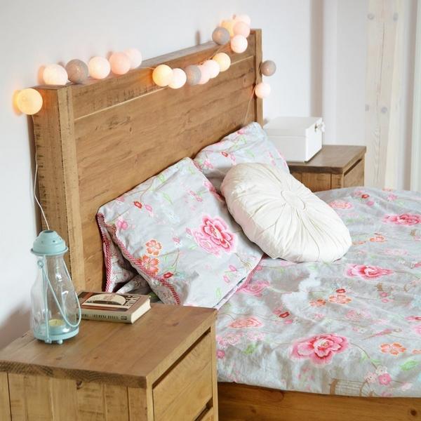 cotton balls w sypialni