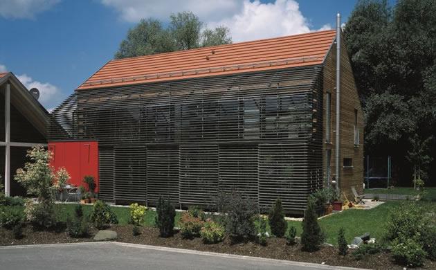 Creaton - dom jak stodola